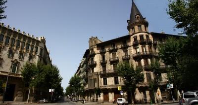 Casa Burés, 2008, Amadalvarez (Wikipedia)